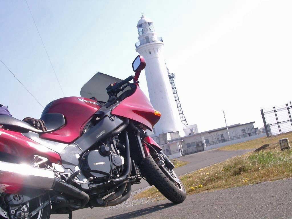 尻屋崎灯台、Kawasaki ZZR1100、ZX-11