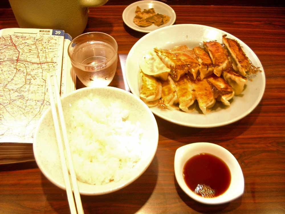 餃子 宇都宮みんみん「焼き餃子定食」